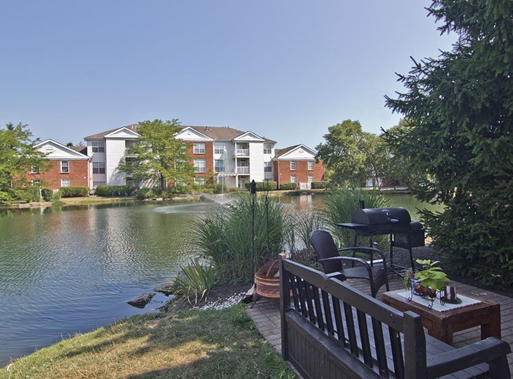 Lake at the Orchard Apartments in Dublin OH