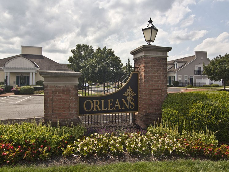 Orleans Sign at apartments in Dublin OH