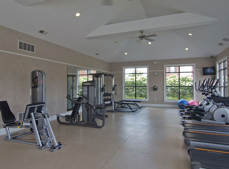 Gym at Arlington Park 11
