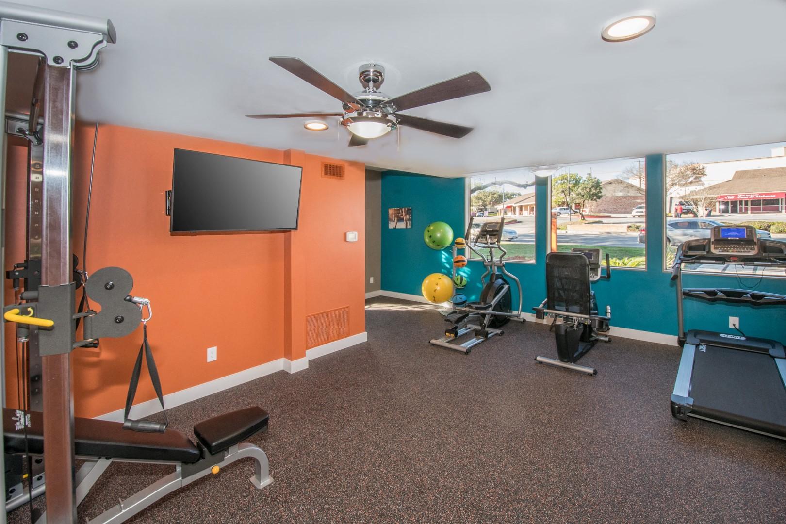 northwest san antonio apartments with fitness center