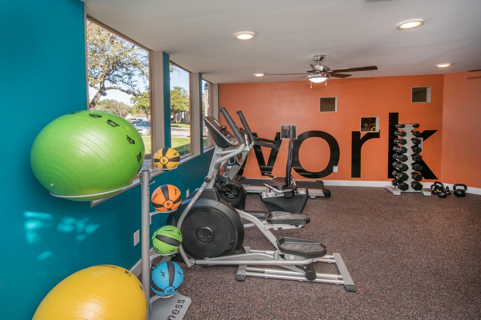 northwest san antonio apartments with a fitness center