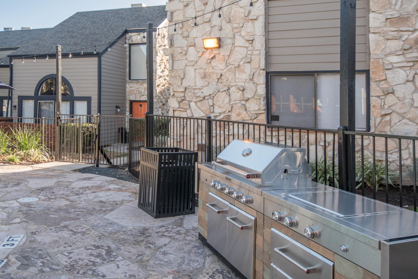 grill northwest san antonio apartments
