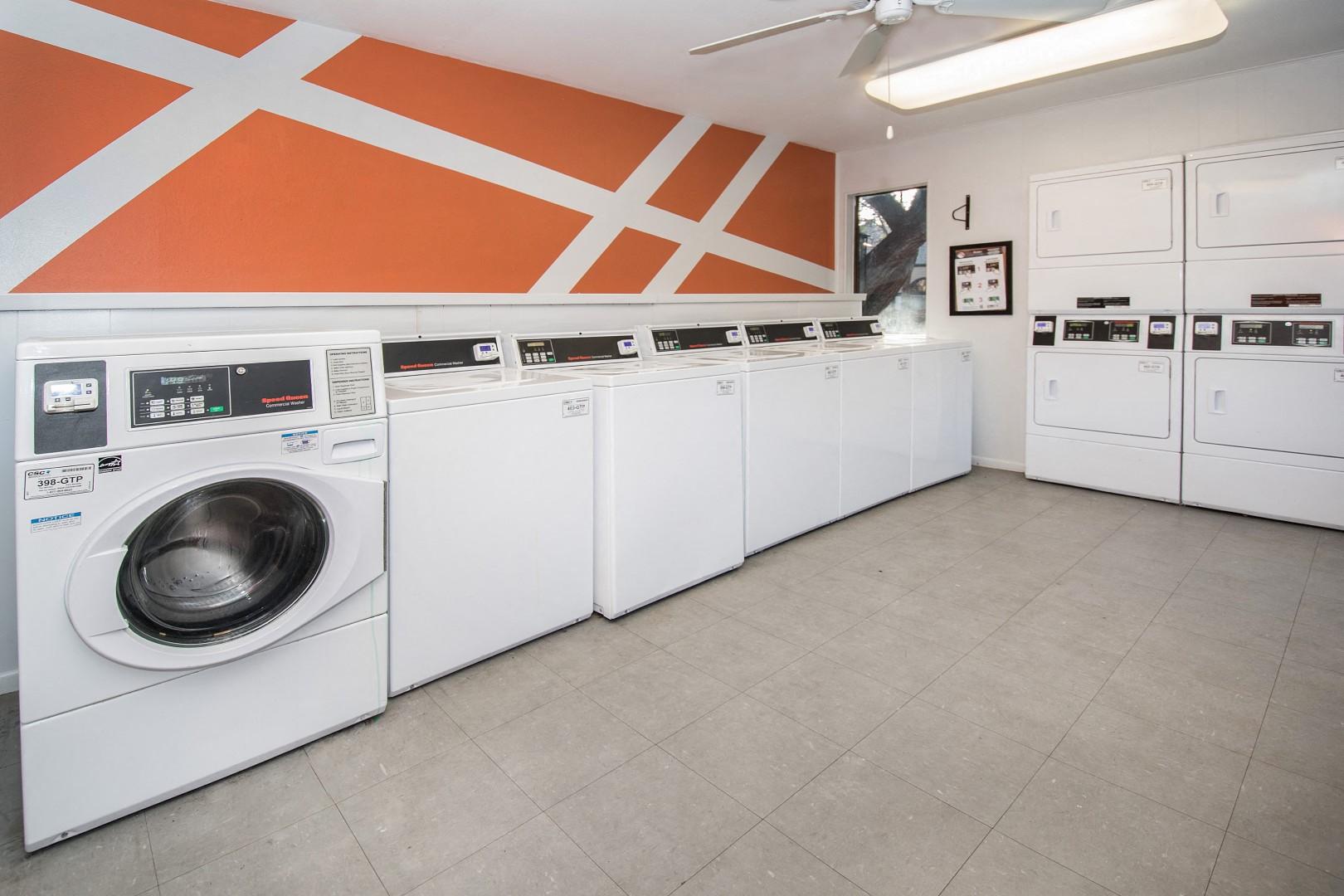 northwest san antonio apartments with laundry