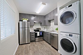 1301 E. Mountain View Rd 2 Beds Apartment for Rent Photo Gallery 1