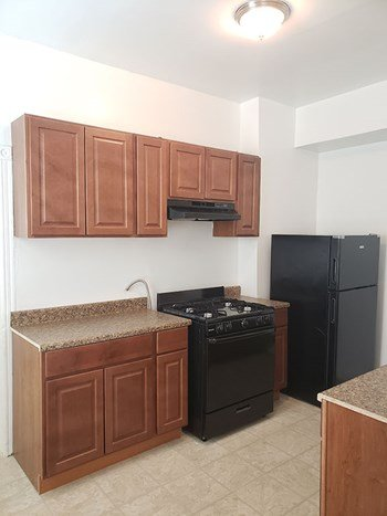 6212 Chestnut Street #1D 2 Beds Apartment for Rent Photo Gallery 1