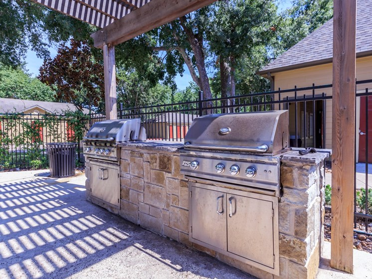 grills apartments in seabrook tx