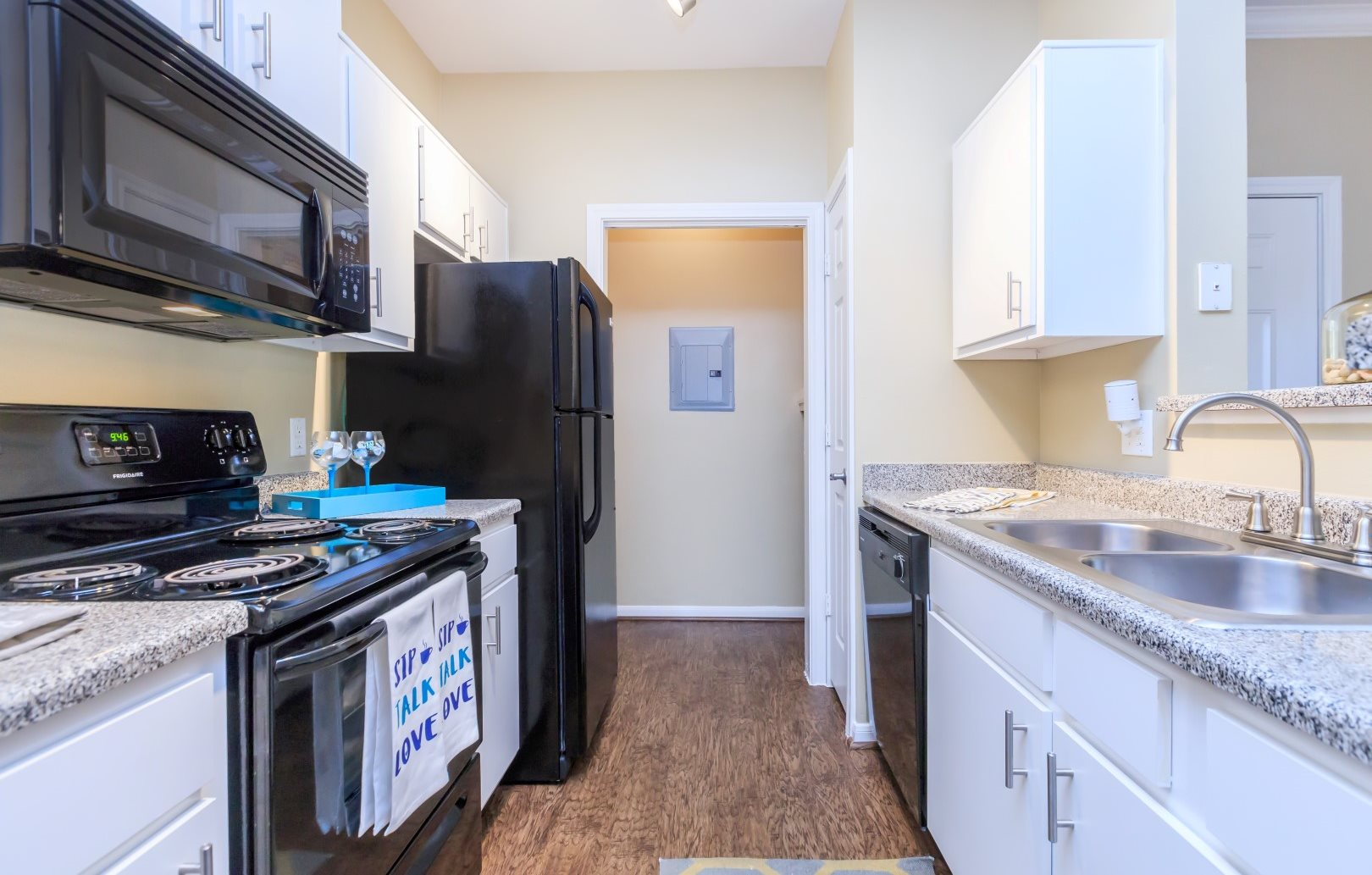 kitchen apartments in seabrook tx