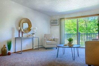 5600 Grandview Blvd 1-2 Beds Apartment for Rent Photo Gallery 1
