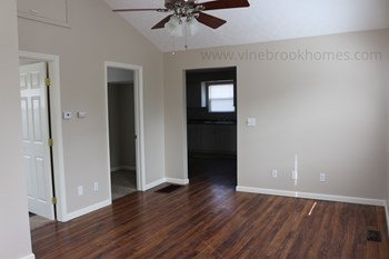 1928 Courtland Ave 2 Beds House for Rent Photo Gallery 1