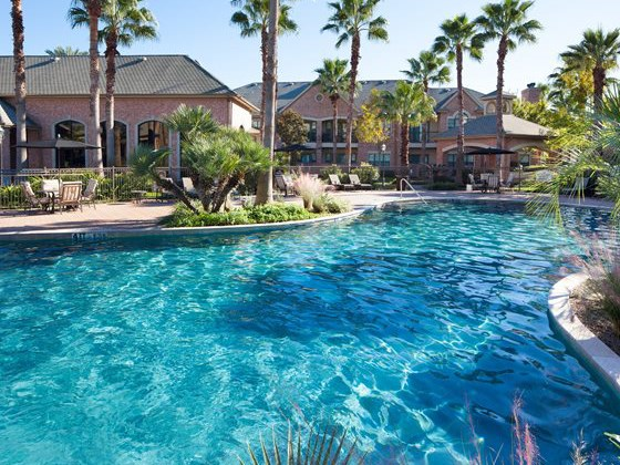 Tropical Lagoon Style Pool