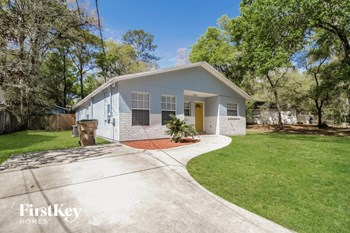 30525 Saint Andrews Blvd 3 Beds House for Rent Photo Gallery 1
