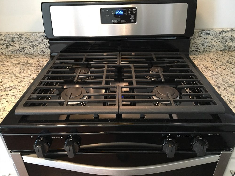 Upgraded gas range in newly renovated apartment homes