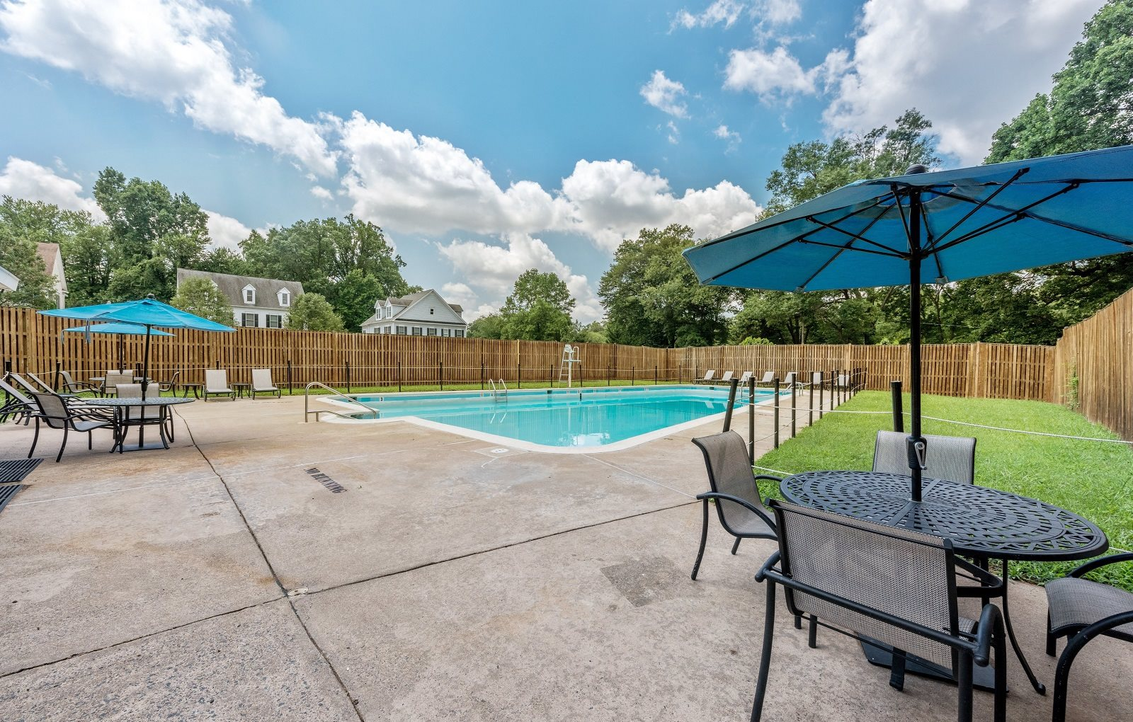 Broadfalls Apartments in Falls Church, VA