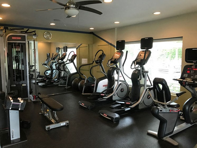 Onsite fitness center at Brook Run in Arlington Heights, IL