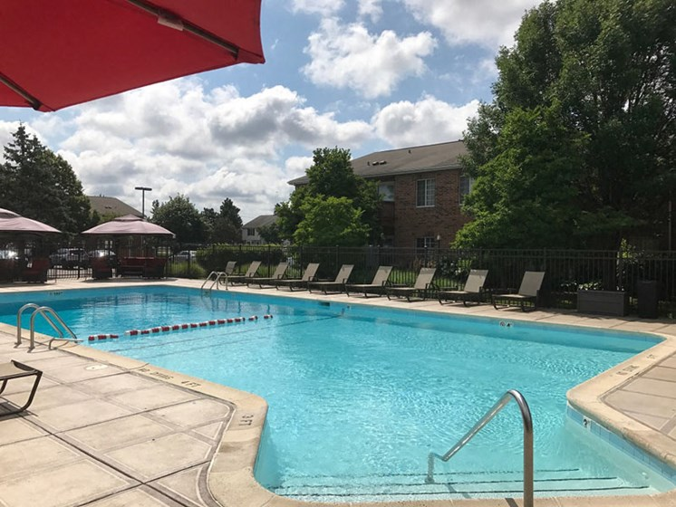 Swimming pool with cabanas at Brook Run in Arlington Heights, IL