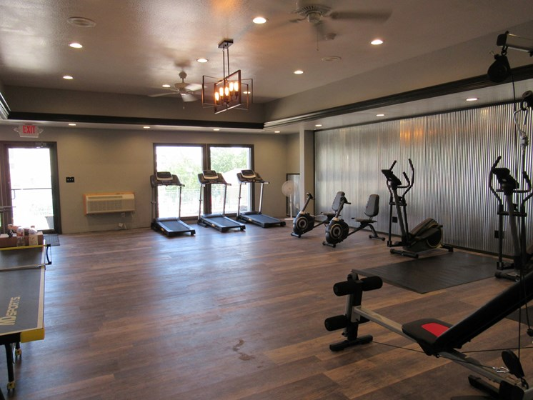 State Of The Art Fitness Center at Plato's Cave Apartments, Branson, MO, 65616