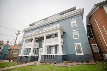 602 SE Riverside Drive 1-2 Beds Apartment for Rent Photo Gallery 1