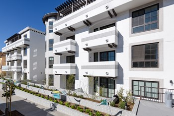 11847 Kiowa Ave 3-4 Beds Apartment for Rent Photo Gallery 1