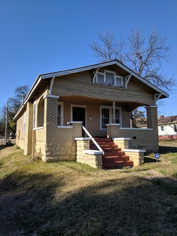 1480 Pearson Avenue Southwest 3 Beds House for Rent Photo Gallery 1