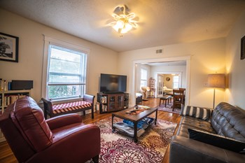 3509-3511 Wyandotte Street 1 Bed Apartment for Rent Photo Gallery 1