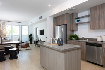 1815 Alice Street Studio-2 Beds Apartment for Rent Photo Gallery 1