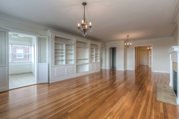 420 E. Armour Blvd Studio-3 Beds Apartment for Rent Photo Gallery 1