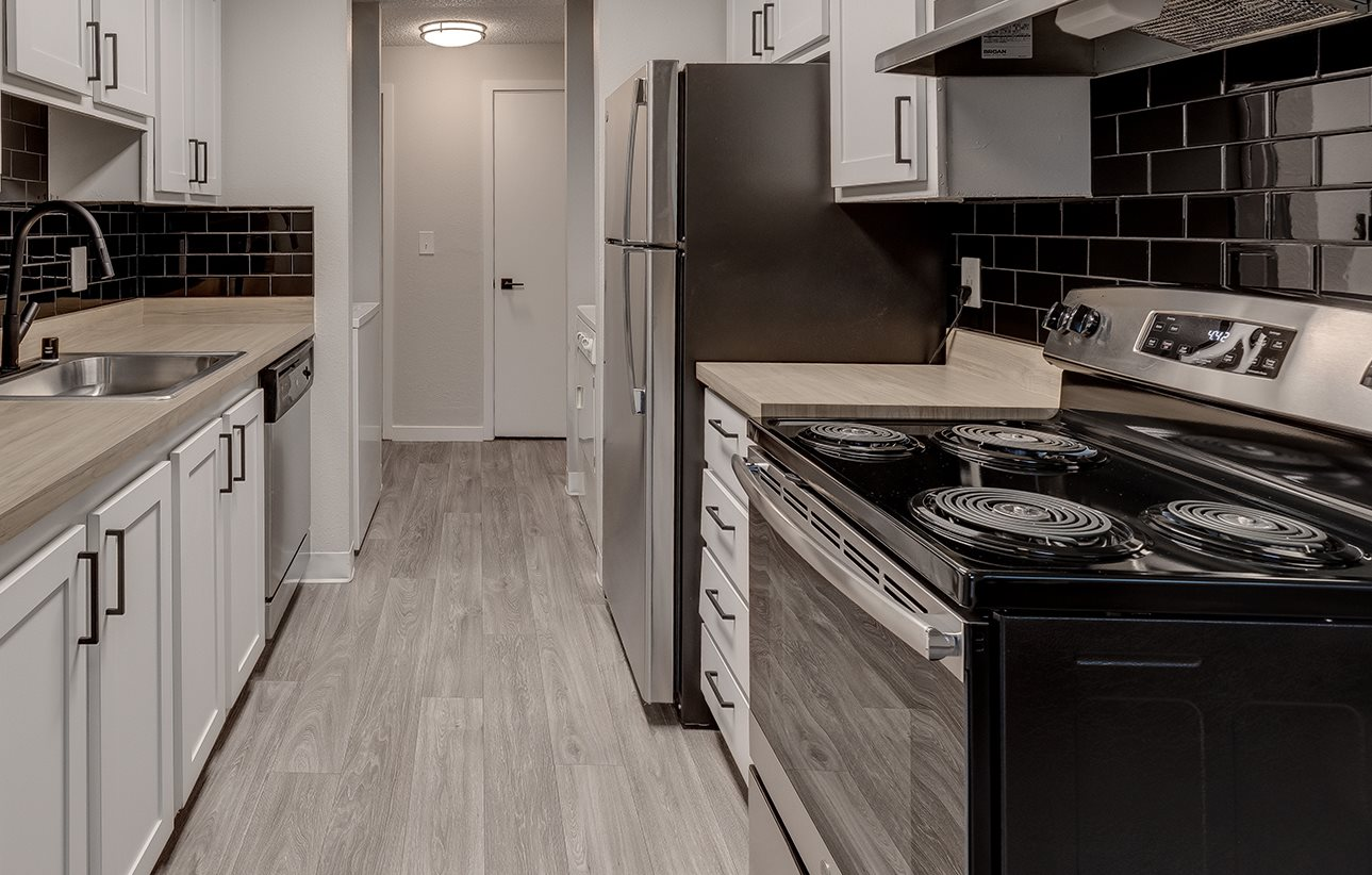 Beautiful Kitchens at Miro at Dash Point | Federal Way WA Apartments for rent