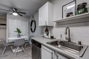 1300 S. Eagle Ridge Dr 1-2 Beds Apartment for Rent Photo Gallery 1
