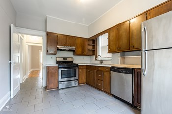 123-125 Newman Avenue 2 Beds House for Rent Photo Gallery 1