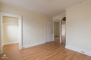 104 Clendenny Avenue 1 Bed House for Rent Photo Gallery 1