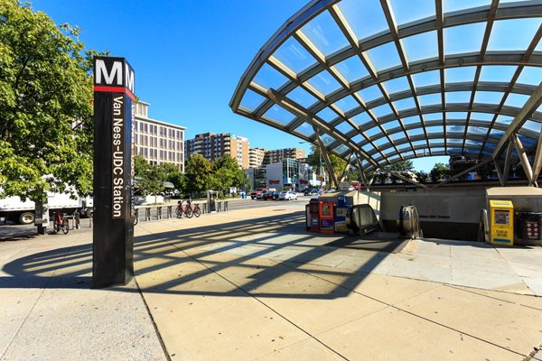 3 Blocks to Van Ness Metro Station at The Chesapeake, Washington, DC