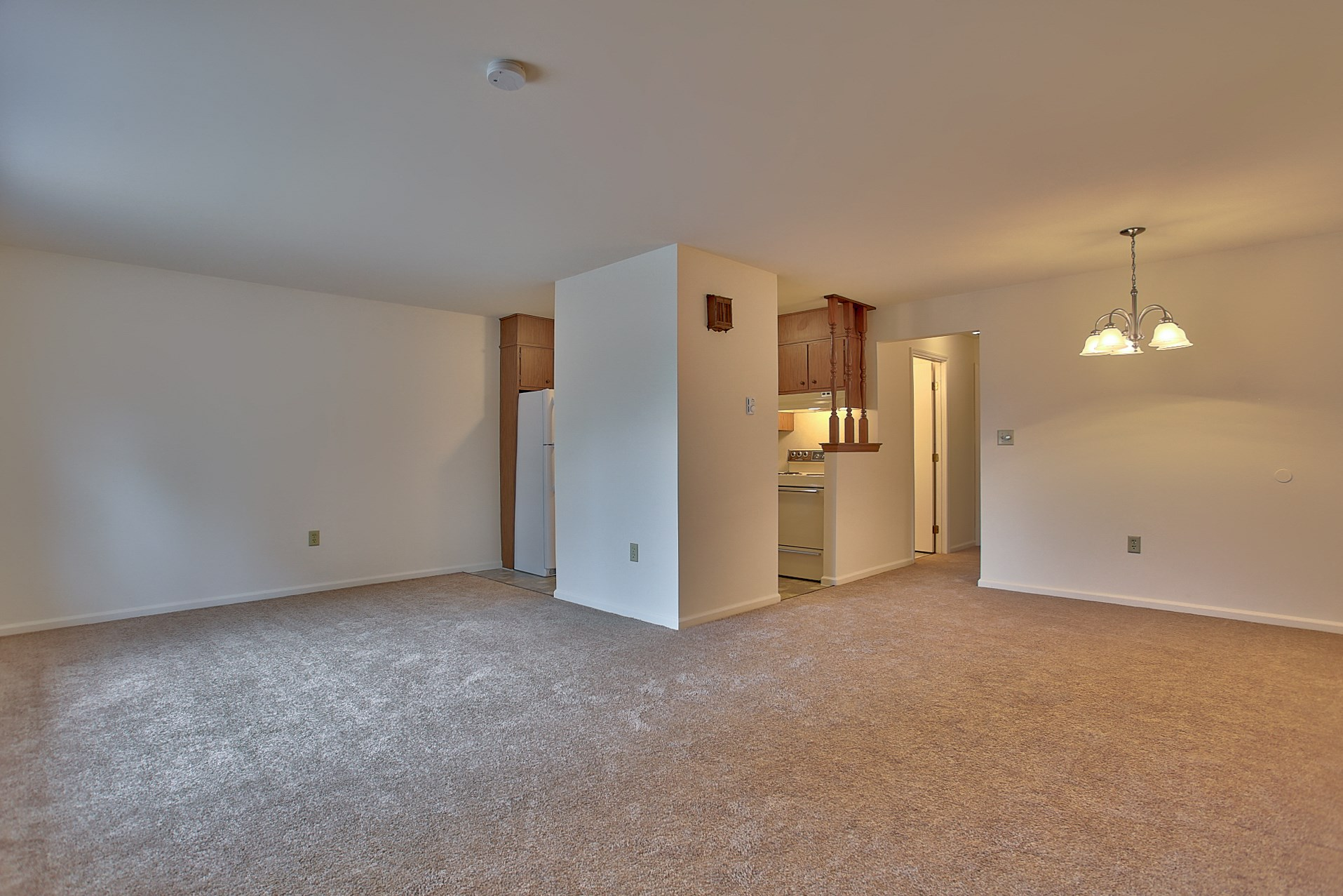 Apartments Near Lancaster, PA | Colonial Apartments | Property Management, Inc