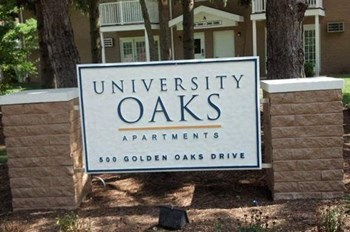 500 Golden Oaks Dr 1-3 Beds Apartment for Rent Photo Gallery 1