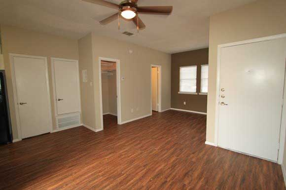 The Enclave | Apartments in Austin, TX