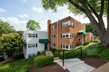 Surprising 2 Bedroom Apartments In Arlington Download Free Architecture Designs Ferenbritishbridgeorg