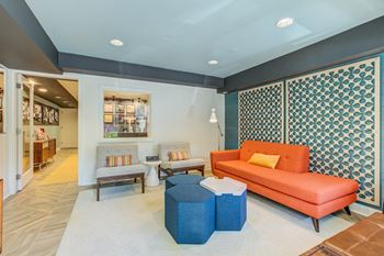 2100 N. Pierce Street Studio-2 Beds Apartment for Rent Photo Gallery 1