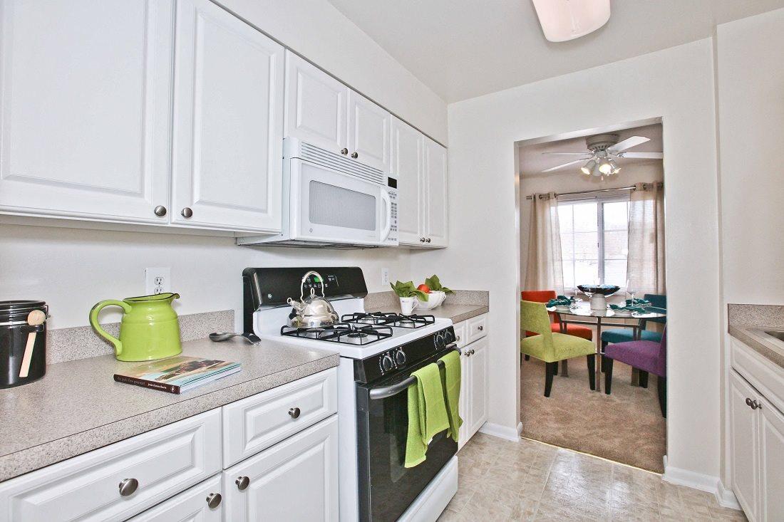 Fairfax, VA Apartments   Fairfax Square Apartments   Photo Gallery