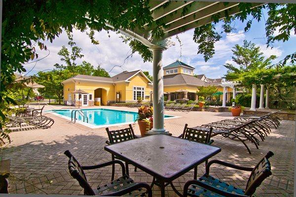 Poolside Lounge at Broadlands, Ashburn, VA