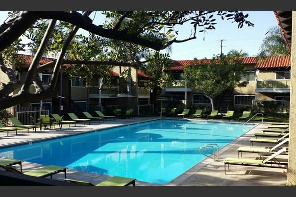 Newport bay terrace apartments 1691 mesa drive newport beach ca rentcaf for Newport swimming pool schedule
