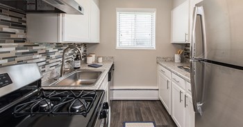 9408 Adelphi Rd Studio-3 Beds Apartment for Rent Photo Gallery 1