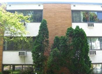 3200 Minnehaha Avenue Studio-2 Beds Apartment for Rent Photo Gallery 1