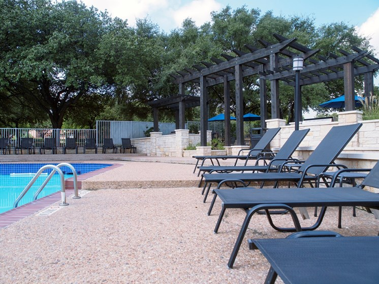 north austin apartments with pool