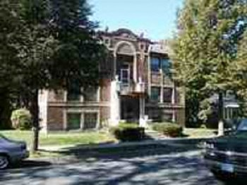 3220 Garfield Avenue Studio-2 Beds Apartment for Rent Photo Gallery 1