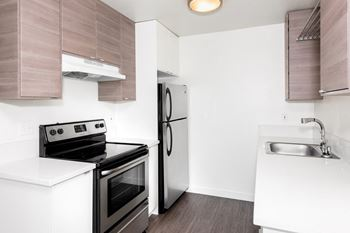 1424 SE Holgate Blvd 1-2 Beds Apartment for Rent Photo Gallery 1