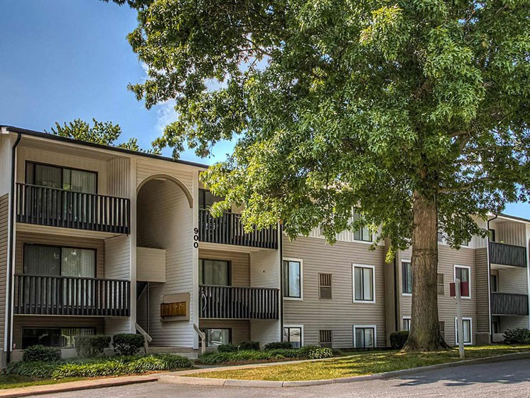 Roomy Patio or Balcony at Hethwood Apartment Homes, Blacksburg, VA