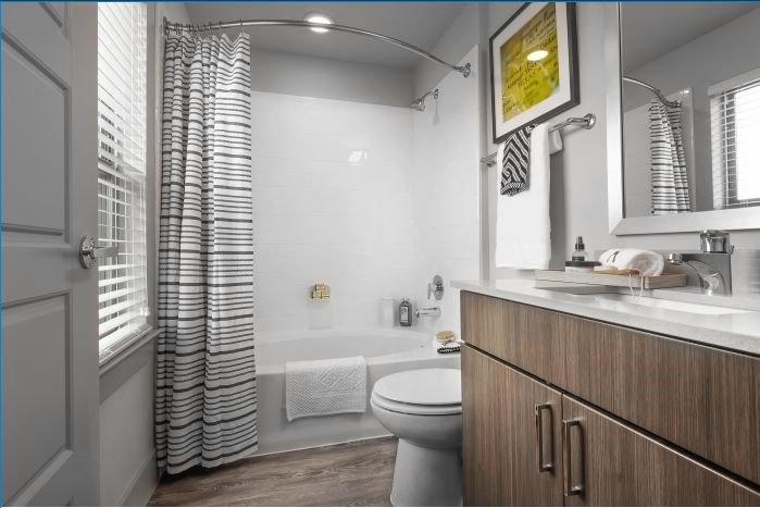 Walk-In Showers and Garden Tubs at Encore at Boulevard One, Denver, CO, 80230