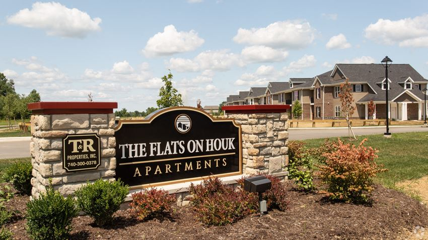 Welcome to the Flats on Houk!
