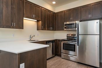 1510 N Sumner St Studio-2 Beds Apartment for Rent Photo Gallery 1