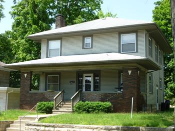 415 North Lincoln Street 5 Beds House for Rent Photo Gallery 1