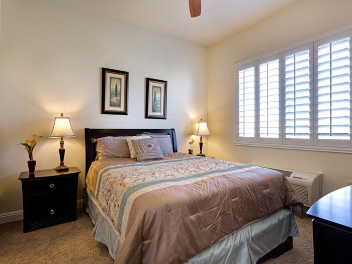 Quality and Comfortable bedroom at Pacifica Senior Living San Martin in Las Vegas, NV